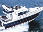 Motor Yacht Nimbus 380 Carisma for sale!