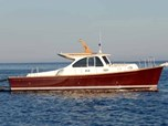 Motor Yacht Rose Island Lobster 38 for sale!